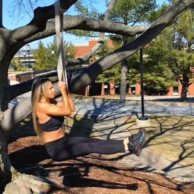 """Good vibes and mindful wisdom courtesy of @fireupfitnesssheri  """"Be like a Tree🌳 Stand Tall. Stay grounded. Connect with your roots. Turn over a new leaf. Bend before you break. Enjoy your unique natural beauty. Keep growing, no matter what challenges the world throws at you. Evolve with the Seasons."""""""