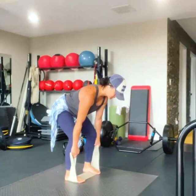 """Effective isometric priming for deadlifts by@wildhairdontcare 💪🏼💪🏼  """"A strong 12-15 sec ACTIVEisometrichold at the bottom of thedeadlifthinge (pushing my feet as HARD as I can into the ground while holding full💯irradiation of the full body) and then right to the trap bar for 10-12 reps. Recover and repeat.""""  @wildhairdontcareAwesome work, Allison! Thanks for sharing all the great insight and knowledge!!"""